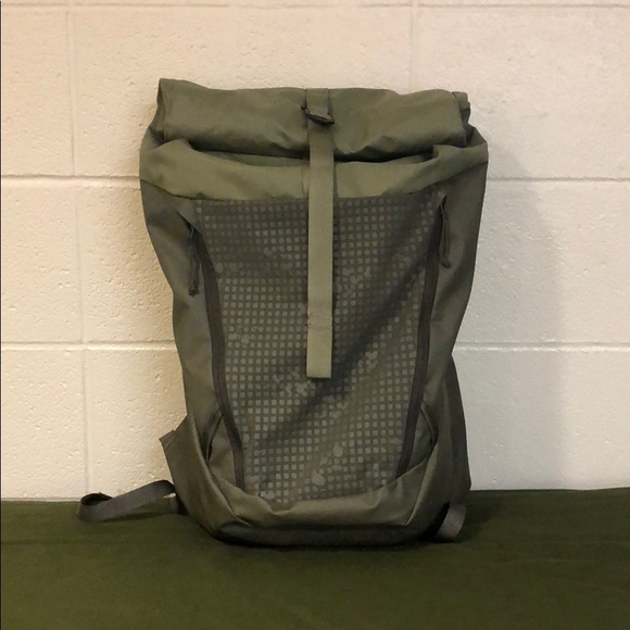 a2a3c7723 The North Face Rovara Backpack